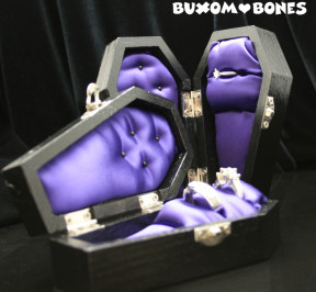 mini_Coffin_Purple_Satin_02